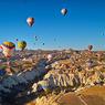 気球の朝 カッパドキア