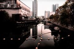 運河のある景色