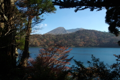 霧島六観音池の秋