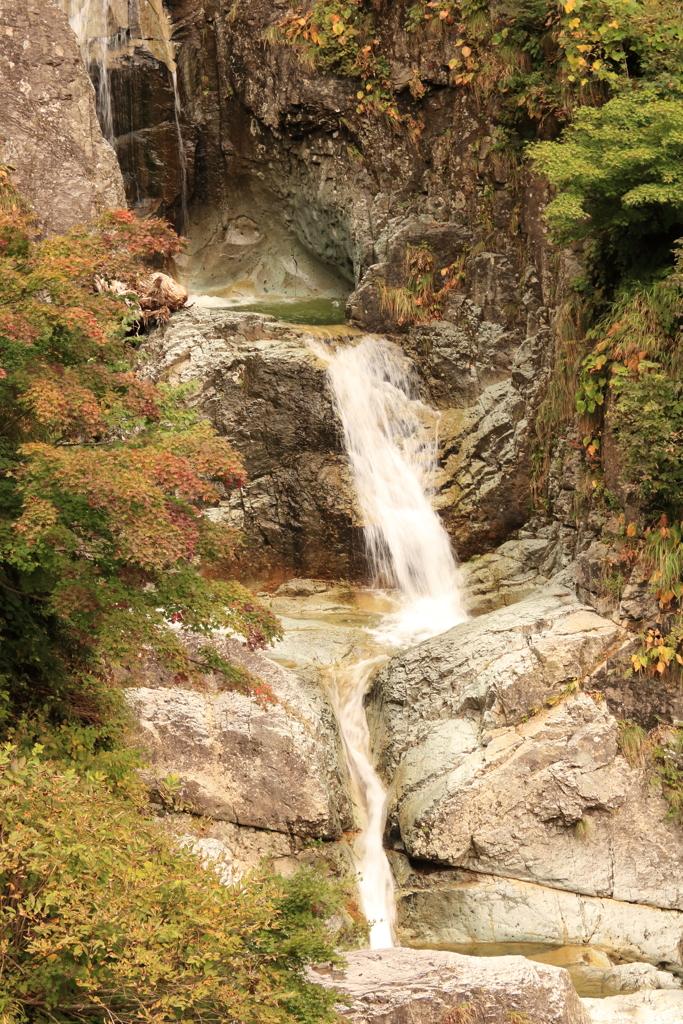 かもしか滝 中段