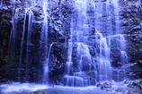 左の優 龍双ヶ滝