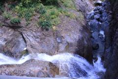 ふくべの大滝 下部から渓流へ