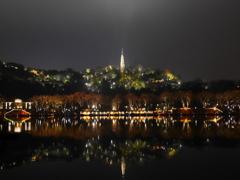 西湖の夜1