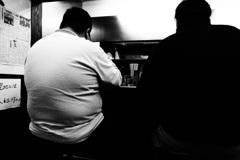 食いしん坊対決 白vs 黒