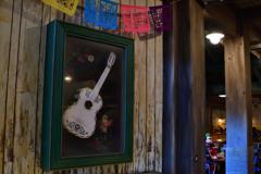 デラクルスの白いギター …リメンバー・ミー より