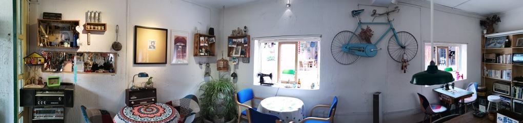 古城のカフェ-1
