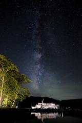 十和田湖遊覧船と天の川