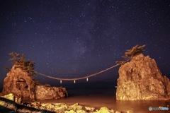 機具岩 星夜