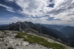 南岳から望む穂高岳の峰々