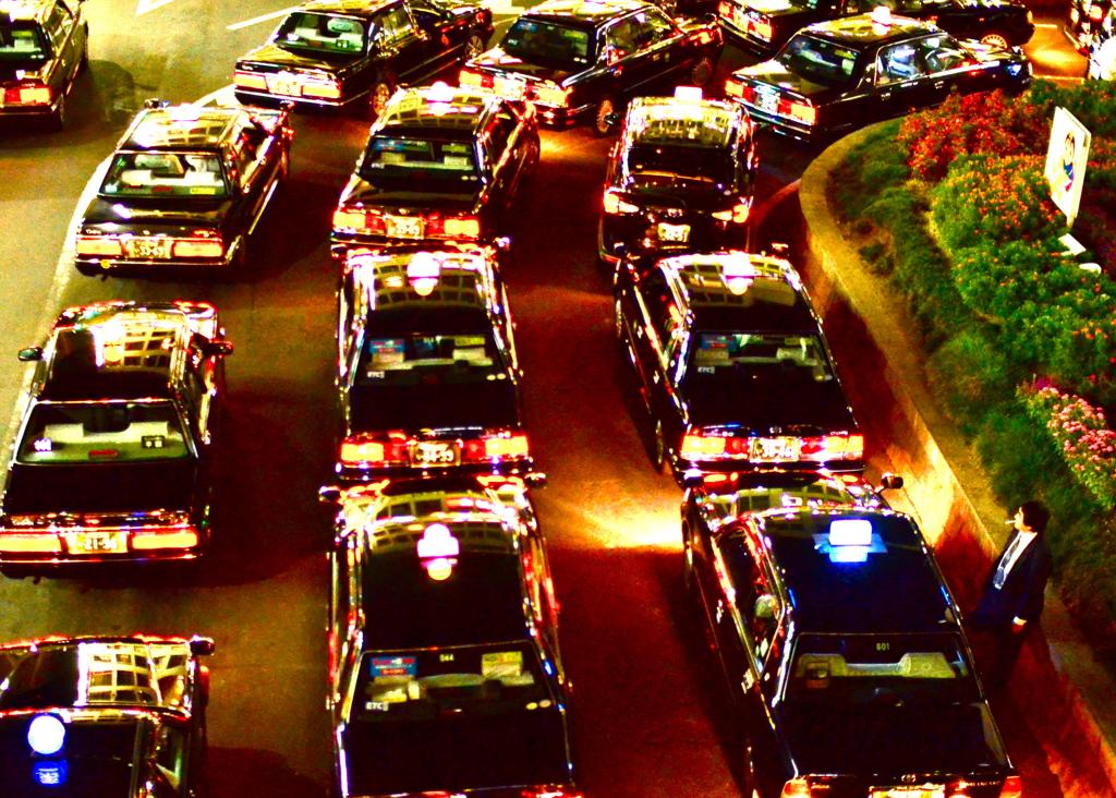 金曜夜のタクシー