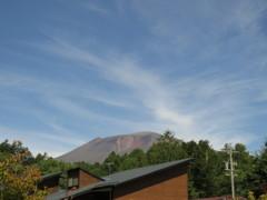 秋の空と浅間山