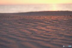 染まる砂浜