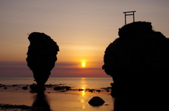 神宿る岩~2