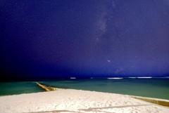 静かな夜の海で2