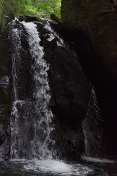 雌滝のしぶき