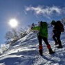 雪山を登る