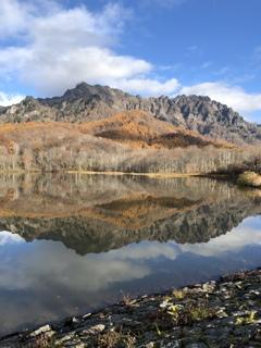 秋の戸隠 鏡池