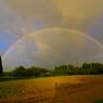 黄昏時の二重虹
