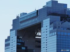グランフロント大阪から見たスカイビルⅡ