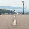 瀬戸の夏 熱い道路と青い海