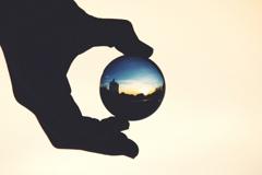ガラス越しの世界