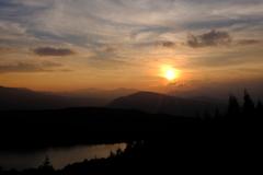 女神湖と夕日