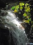 鶏鳴の滝 ハイスピード横顔