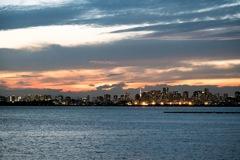 東京湾 秋の夕暮れ