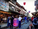 台湾十分老街でのランタン飛ばし