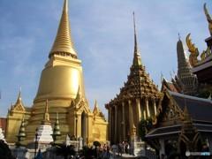 輝く宮殿(タイの影と輝き 4)