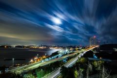 夜空へ続く海峡