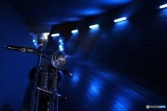 青のバイク2