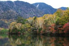 日光・湯ノ湖の秋♪5