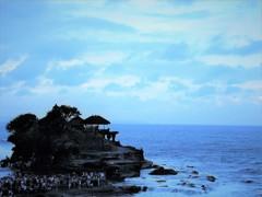 海に浮かぶ幽玄な聖地!