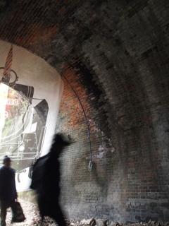 廃線トンネルを歩く 4