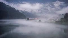 川霧に包まれて