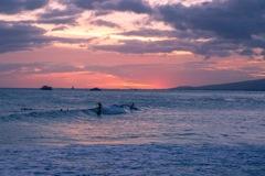 夕方のアラモアナビーチ
