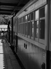 旧高畠駅と子供たち その3