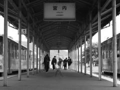 宮内駅 日常の風景