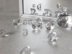 アクリルダイヤ