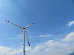 うぶやま牧場 発電風車