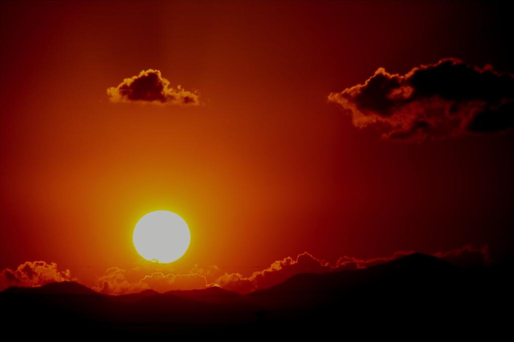 燃える夕日