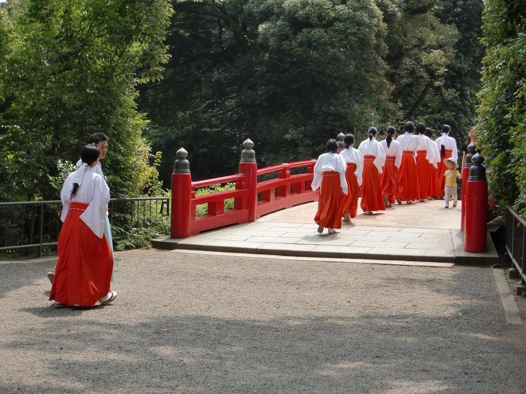 氷川神社@巫女さん