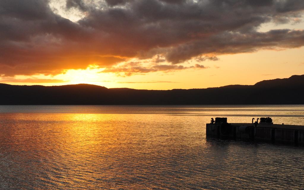 十和田湖の夕日②