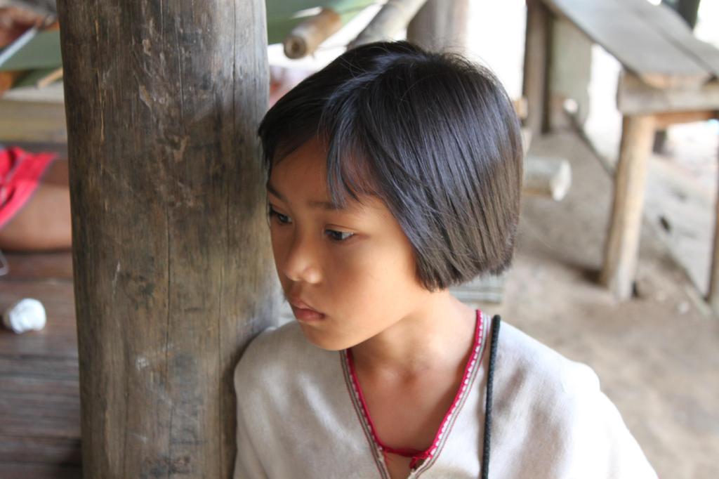 カレン族の少女