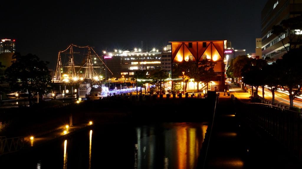 Night lights / Dejima Wharf