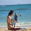 PHOTO GIRL IN WAIKIKI BEACH