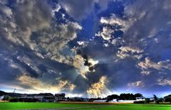 ある日の空と光芒