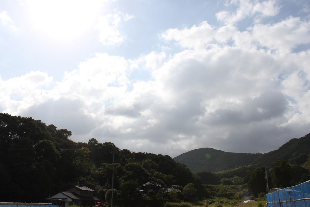 雲が流れてる!