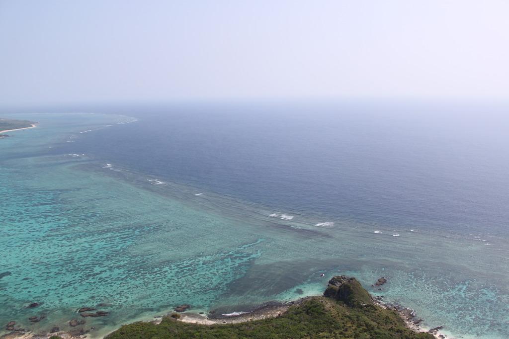 空から見た地平線